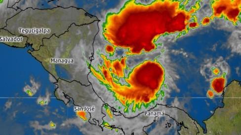 hurricane-otto-1